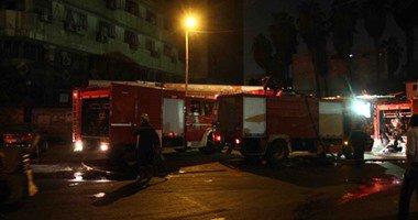 3 سيارات إطفاء تُسيطر على حريق فى شقة سكنية بالطالبية