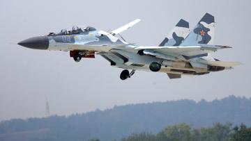 """روسيا تطالب العراق بغلق مطاراته.. وتبدأ عمليات """"الدمار الشامل"""" ضد داعش"""