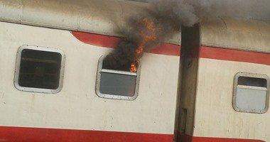 اشتعال النيران فى قطار ركاب بمحطة مصر واستدعاء المطافئ