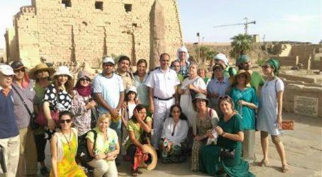 أول فوج سياحى مكسيكى يزور الأقصر بعد حادث الواحات يشيد بأمن وأمان مصر