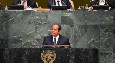 السيسي يؤكد لأبو مازن أهمية عودة السلطة الفلسطينية لقطاع غزة وتولى الإشراف على المعابر