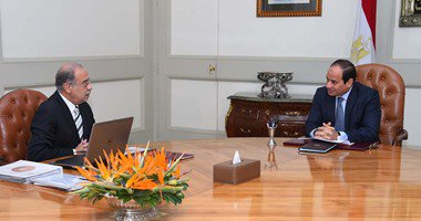السيسى يوجه رئيس الحكومة المكلف بضرورة اختيار العناصر الكفء والنزيهة
