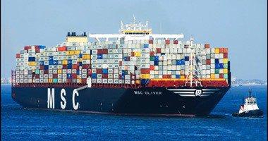 عبور 99 سفينة قناة السويس بحمولة 5.7 مليون طن خلال يومين