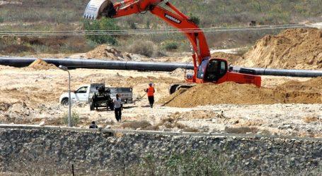 """الجيش يضخ """"مياه البحر"""" لتدمير أنفاق التهريب مع قطاع غزة"""
