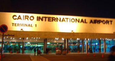 ضبط 33 من الخارجين عن القانون خلال حملة أمنية بمطار القاهرة