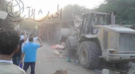 بالصور.. حملة مكبرة لإزالة الباعة الجائلين من ميدان حلوان