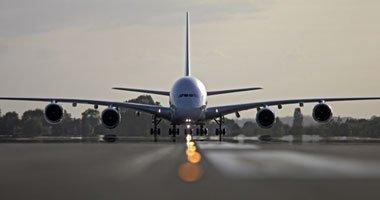 الطيران المدنى: هبوط اضرارى لطائرة شحن مصرية خارج مطار مقديشيو