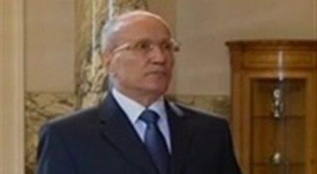 وزير الإنتاج الحربى يبحث مع السفير الأمريكى استئناف عمل مصنع الدبابات