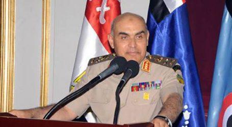 وزير الدفاع وشيخ الأزهر يشاركان في عزاء جمال الغيطانى