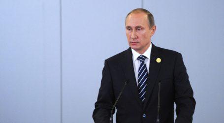 """شتاينماير يتعهد لروسيا بالعودة لـ """"مجموعة الثمانية"""" حال تعاونها في حل النزاعات الدولية"""