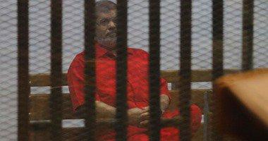 """بدء محاكمة مرسى و10 أخرين فى """"التخابر مع قطر"""""""