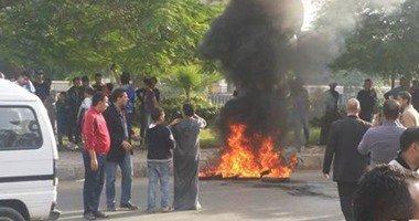 مواطنون بالإسماعيلية يقطعون شارع محمد على اعتراضا على وفاة الطبيب بالقسم
