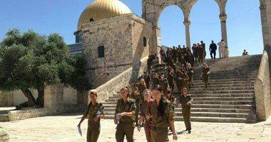 مستوطنون يقتحمون المسجد الأقصى تحت حماية قوات الاحتلال