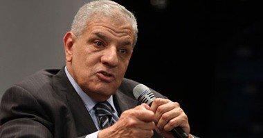 إبراهيم محلب يقدم واجب العزاء لمسئولى السفارة الفرنسية بالقاهرة