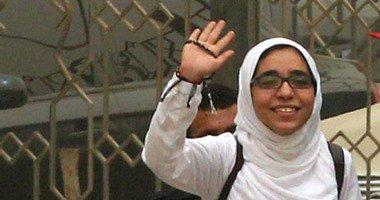 دفاع إسراء الطويل: ضابط شرطة يتأكد من تواجدها بالمنزل مرتين يوميا