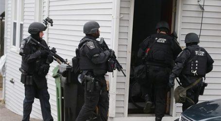 الشرطة الأمريكية تعلن مقتل 3 أشخاص وإصابة 4 فى إطلاق النار بكاليفورنيا