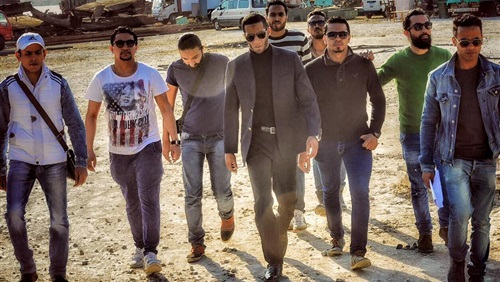 محمد رمضان ينشر صورة من كواليس فيلمه الجديد «جواب اعتقال»