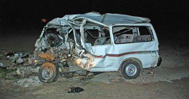 إصابة 32 شخصا فى حادث تصادم بالفيوم وانتقال 12 سيارة إسعاف لنقل المصابين