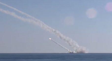 «الدفاع الروسية» تنشر فيديو لغواصة تطلق صواريخ كاليبر ضد داعش بسوريا