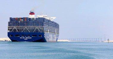 240 سفينة عبرت قناة السويس بحمولة 13.8 مليون طن خلال 5 أيام