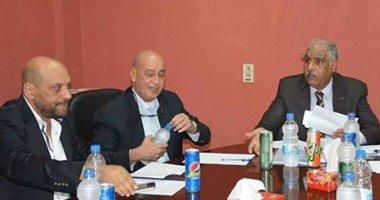 وزير الرياضة يطالب اتحاد الكرة بعدم الرد على رئيس الزمالك