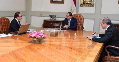 السيسى يجتمع مع ياسر القاضى ويؤكد أهمية تطوير البنية الأساسية لقطاع الاتصالات