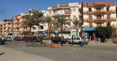 """الشرطة تطارد عناصر إخوانية لإشعال النار بإطارات السيارات بـ""""العاشر"""""""
