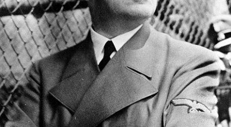 بالصور.. مصور يكشف مخبأ سرى لهتلر في فرنسا