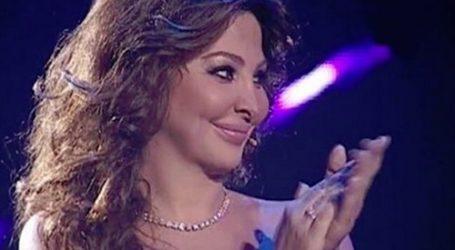 إليسا تحتفل باقتراب متابعيها عبر «تويتر» لـ 8 ملايين