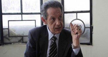 فؤاد بدراوى يوقع استمارة دعم مصر.. ويؤكد: لائحة الائتلاف الجديدة جيدة