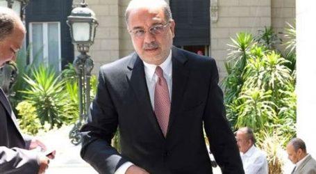 وصول «إسماعيل» و7 وزراء إلى الرياض للمشاركة في اجتماع «المصري-السعودي»