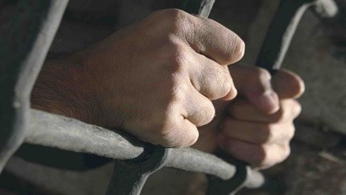 حبس ضابط شرطة قتل «نقاش» بالخطأ في حملة أمنية بالدقهلية
