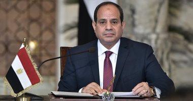 السيسى: مشهد اصطفاف المصريين أمام لجان الاقتراع يؤكد أننا أمة عظيمة