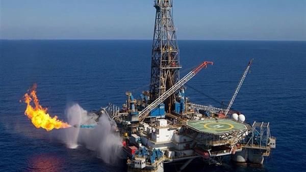 وكالة (بلومبرج) : مصر تعود إلى تصدير الغاز الطبيعي المسال