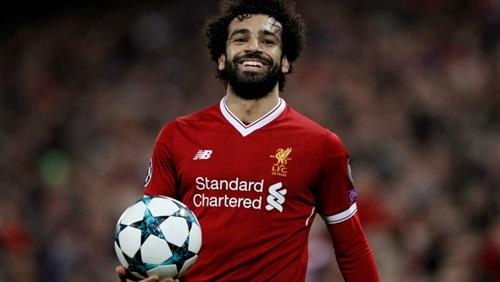محمد صلاح يجدد عقده مع ليفربول خمس سنوات