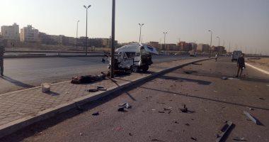 إصابة شخص فى حادث تصادم سيارتين أعلى طريق السويس الصحراوى