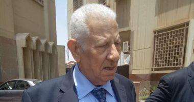 صور.. مكرم محمد أحمد ونقيب الصحفيين وأعضاء المجلس يغادرون نيابة أمن الدولة