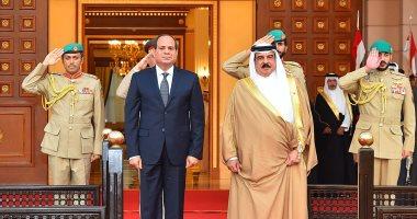الرئيس السيسى يشهد عرضاً فنياً بمسرح البحرين الوطني