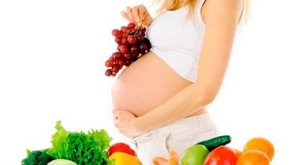 على طريقة نانسي عجرم.. النظام الغذائي الصحي للمرأة النباتية خلال الحمل