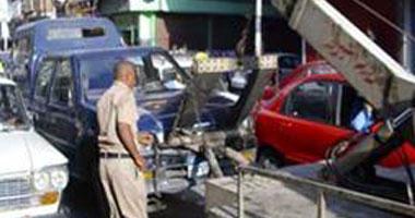 أوناش المرور ترفع حطام حادث تصادم مدينة نصر وأتوبيس كوبرى أكتوبر