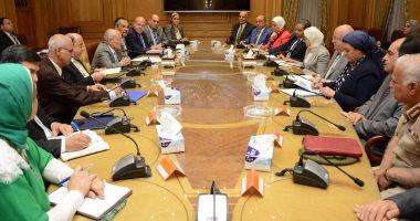 وزير الإنتاج الحربى و وزيرة الصحة يبحثان إنشاء مصنع لإنتاج أدوية الأورام