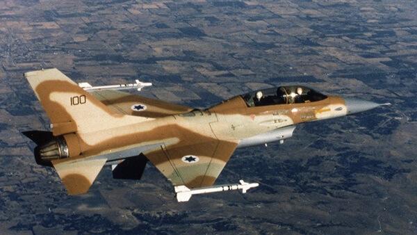 الدفاعات الجوية السورية تتصدى لقصف إسرائيلي على أهداف فى ريف حماة