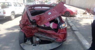 زحام مرورى بسبب حادث تصادم سيارتين أعلى محور اﻷوتوستراد اتجاه الدائرى