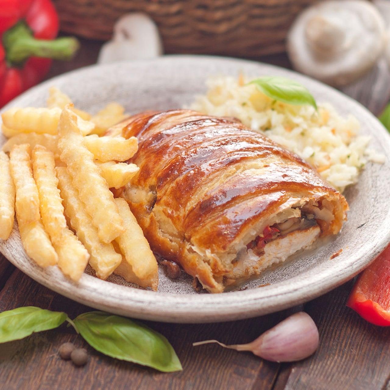 طريقة عمل صدور الدجاج في الخبز الفرنسي