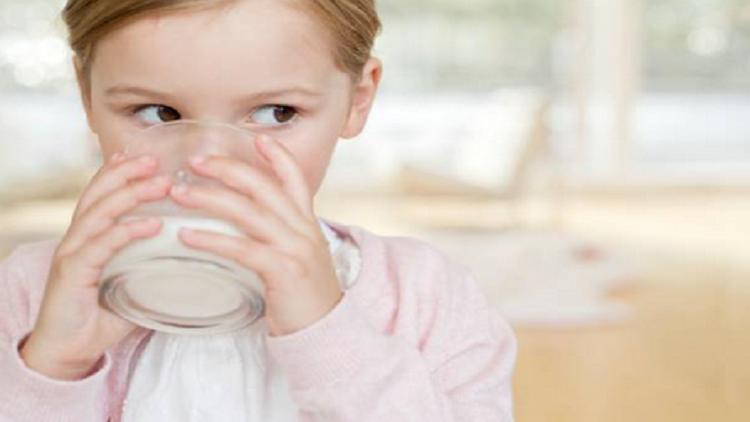 إعتقاد الزوجات القديمة حول الحليب يثير غضب العلماء!