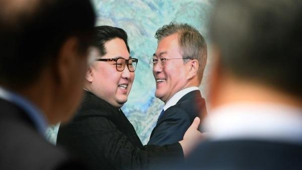 رئيس كوريا الجنوبية يتوجه إلى بيونج يانج لعقد قمة ثالثة مع كيم جونج أون