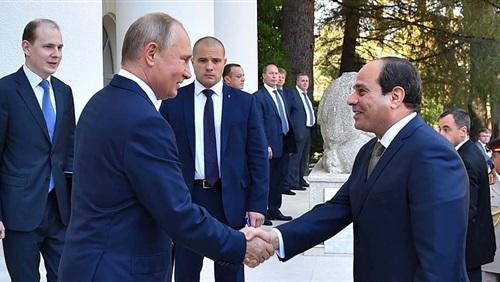 السيسي و بوتين يتفقدان حلبة سباق لأحدث سيارات AURUS