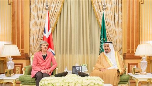 العاهل السعودي يطلع رئيسة وزراء بريطانيا على آخر تطورات قضية «خاشقجي»