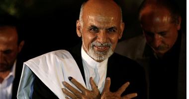 الرئيس الأفغانى يبحث مع المبعوث الأمريكى الخاص عملية المصالحة فى أفغانستان