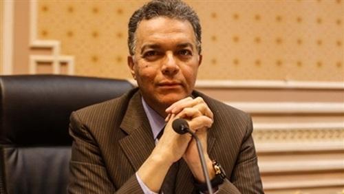 وزير النقل: نسعى لتصنيع عربات السكك الحديدية في مصر
